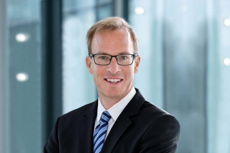 Dr. Jasper Stahlschmidt